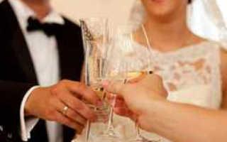 Вино на свадьбу: для гостей и от гостей