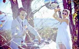 Музыкальный подарок на свадьбу — идеи и советы
