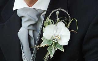 Бутоньерки своими руками 🥗 как крепить цветок к пиджаку