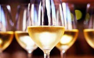Напитки на свадьбу: что и в каких количествах брать