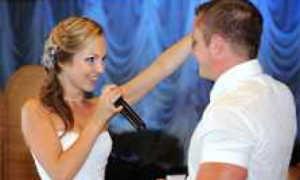 Песня на свадьбу в подарок — как подготовить хорошее выступление
