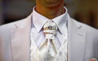 Белый мужской костюм на свадьбу