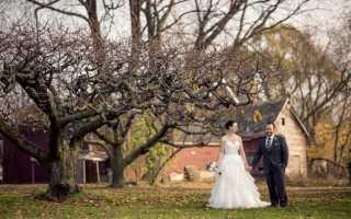 Оригинальные идеи для свадебной фотосессии осенью: места, позы, реквизит