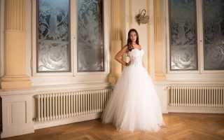 Как выбрать платье в свадебном салоне: 5 советов