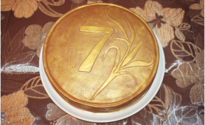 Торт на седьмой юбилей свадебного торжества