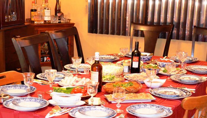 Сервировка стола к дубовому юбилею