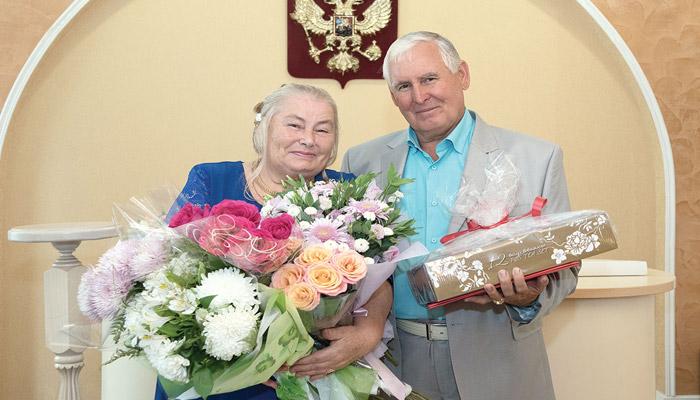 Супруги Агаевы на 100 лет свадьбы