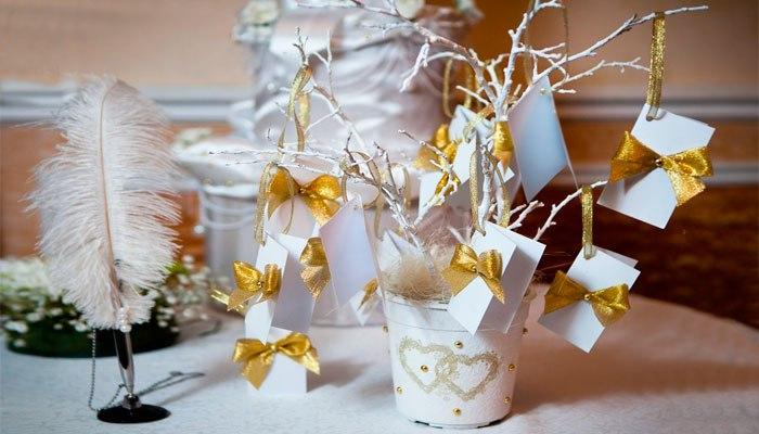 Элементы декора для праздничного стола