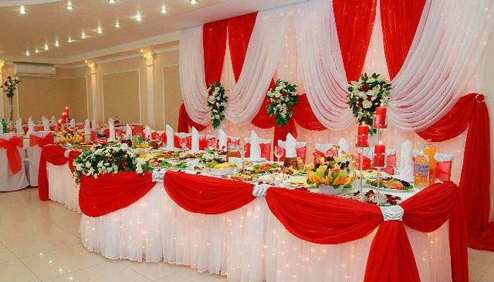 Зал для празднования сороковой годовщины свадьбы