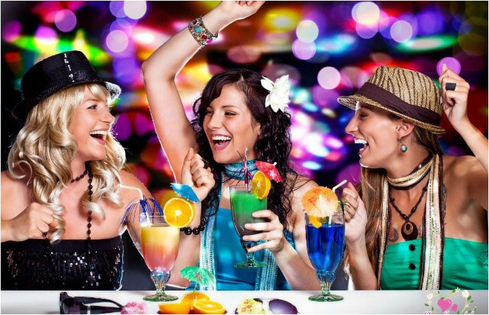 Что выбрать для девичника – кафе, бар, клуб?