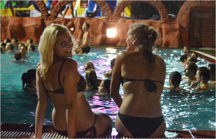 Оригинальный девичник в аквапарке