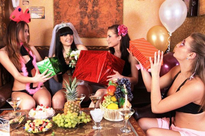 Призы и подарки на девичнике в СПА
