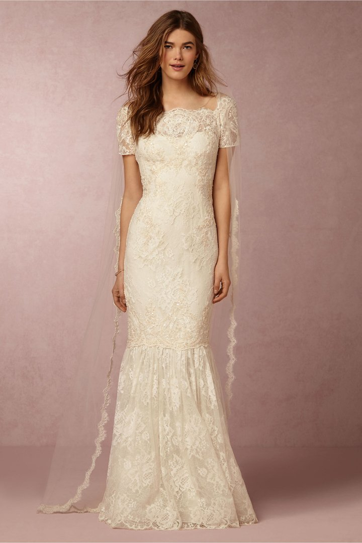 платье от Alfred Angelo