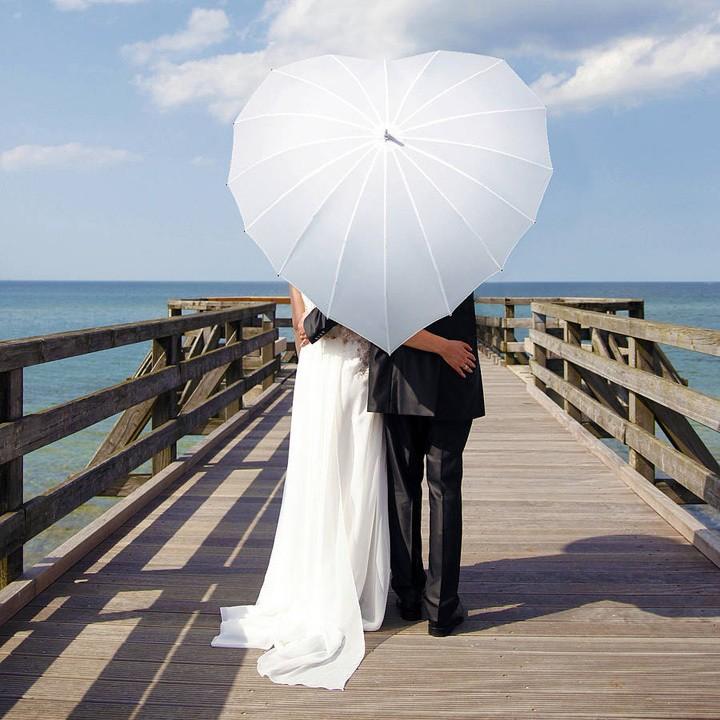 Сессия с зонтиком