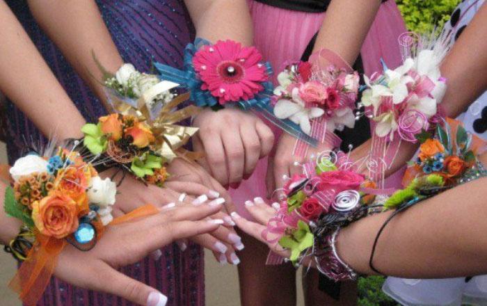 Варианты повязок на руку подругам невесты