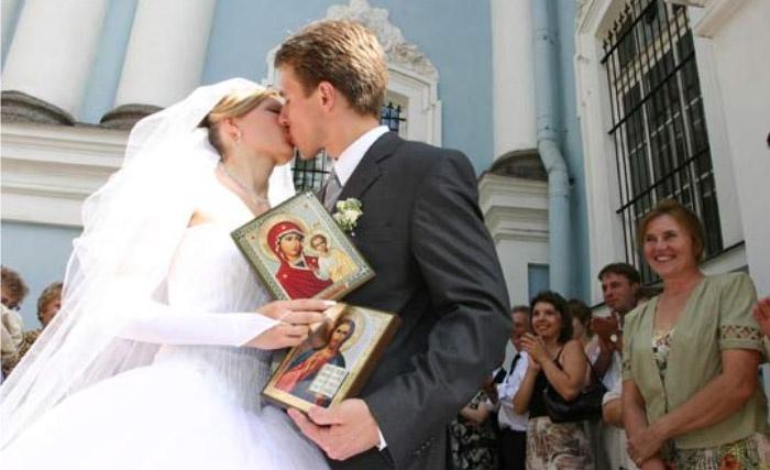Подарки молодым после венчания