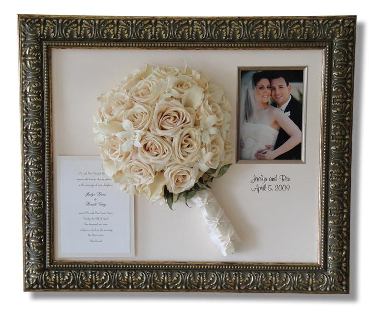 Свадебные цветы в рамке