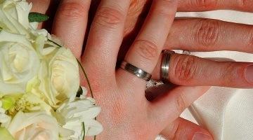 Как юридически оформить отпуск на свадьбу