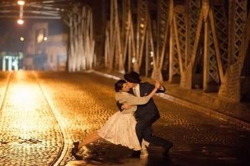 Танцевальные шаги танго-вальса