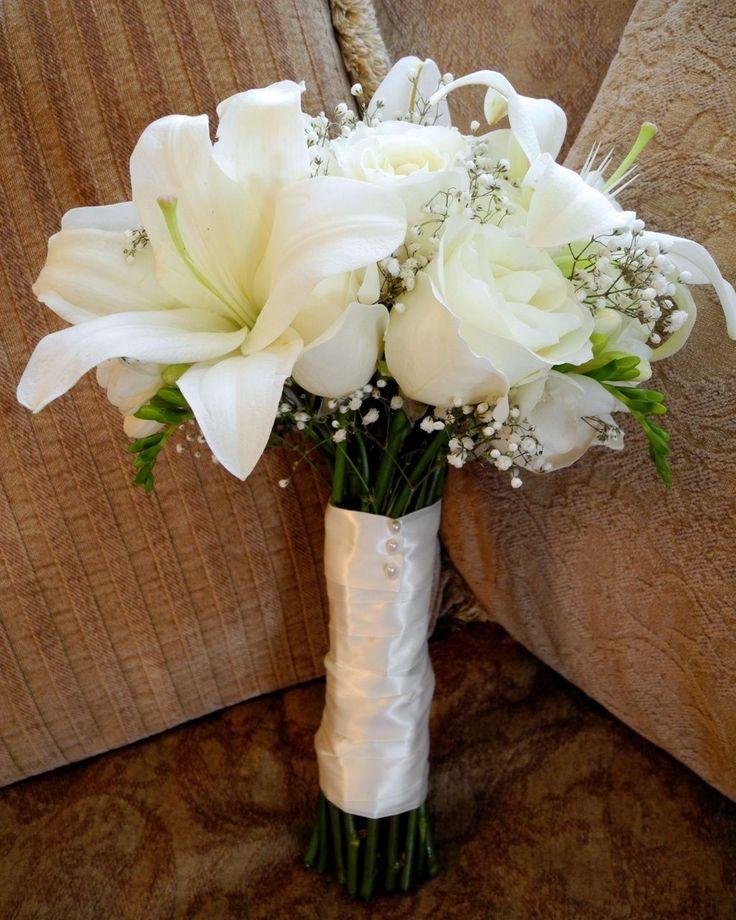 Сочетание лилий и роз