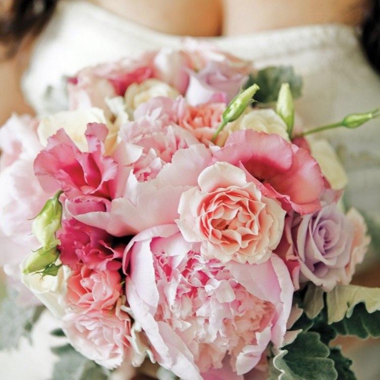Различные оттенки розового