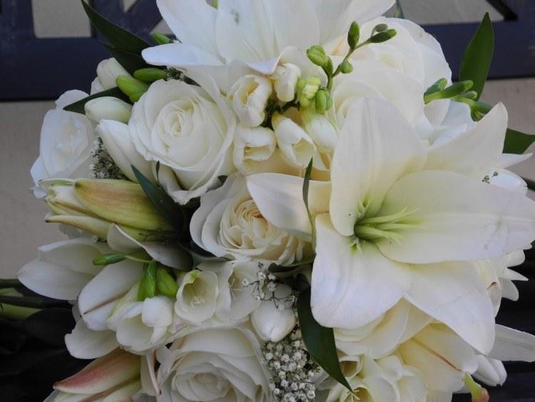 Красивое сочетание с розами